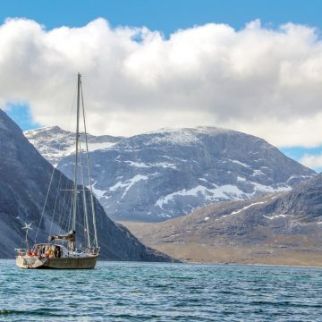Cruising the Greenland fjords