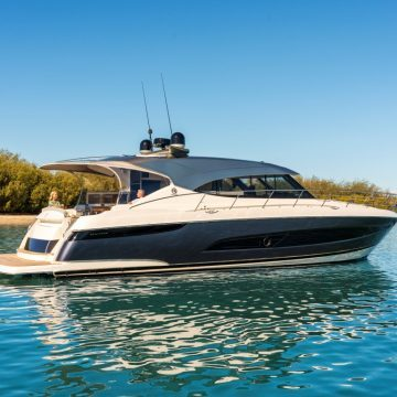Riviera premieres at Sydney International Boat Show