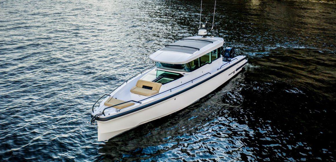 Eyachts celebrates 100 Axopars Downunder