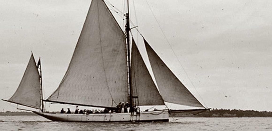 Walter Reeks' 'Volunteer' & Bailey's 'Viking'